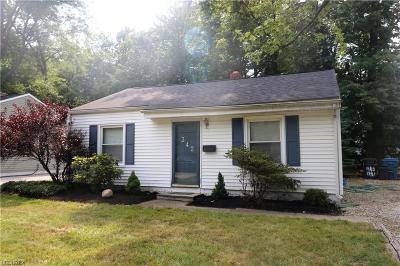Avon Lake Single Family Home For Sale: 342 Dellwood Rd