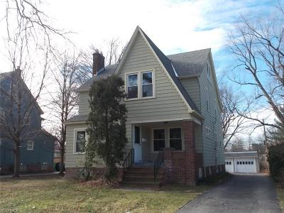 South Euclid Single Family Home For Sale: 1364 Plainfield Rd