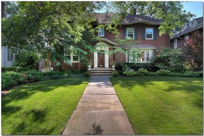 Cuyahoga County Single Family Home For Sale: 2221 Woodmere Dr