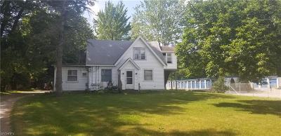 Ashtabula County Multi Family Home For Sale: 4740 North Ridge Usr 20 Rd
