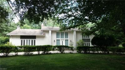 Cuyahoga County Single Family Home For Sale: 28001 Cambridge Ln