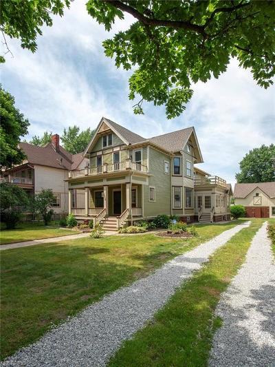 Cleveland Multi Family Home For Sale: 3204 Archwood Ave