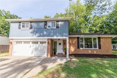 North Olmsted Single Family Home For Sale: 6784 Cypress Dr