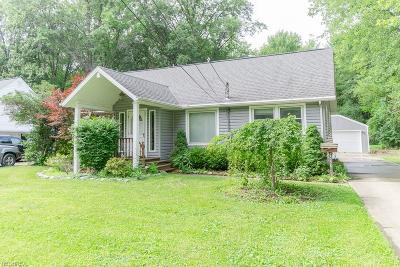 Olmsted Falls Single Family Home For Sale: 25770 Water St