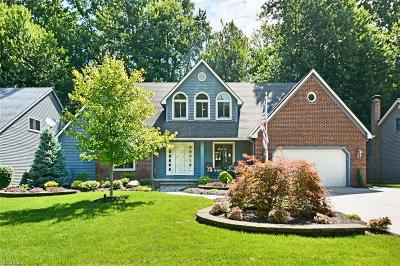 North Olmsted Single Family Home For Sale: 5511 Quail Run