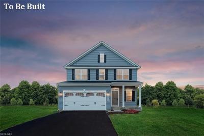 Willoughby Single Family Home For Sale: 38495 Fairiway Glenn Blvd