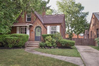 Single Family Home For Sale: 17135 Chatfield Ave