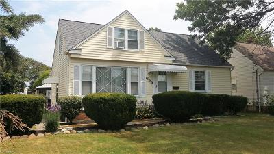 Willowick Single Family Home For Sale: 655 Bayridge Blvd