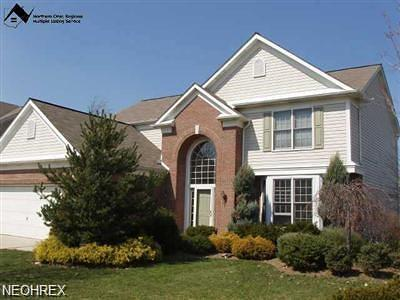 Strongsville OH Single Family Home For Sale: $327,900