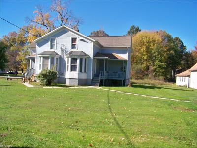 Ashtabula County Multi Family Home For Sale: 152 South Maple (State Rd 45) St