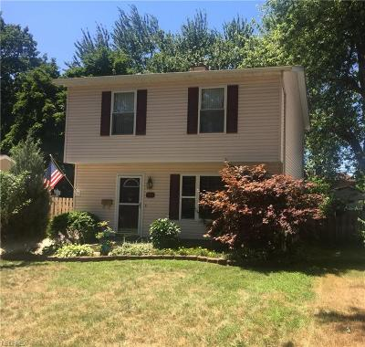 Willoughby Single Family Home For Sale: 970 Mohegan Trl