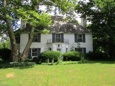 Shaker Heights Single Family Home For Sale: 22125 Parnell Rd
