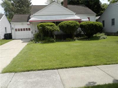 Lyndhurst Single Family Home For Sale: 5154 Bridgewater Rd