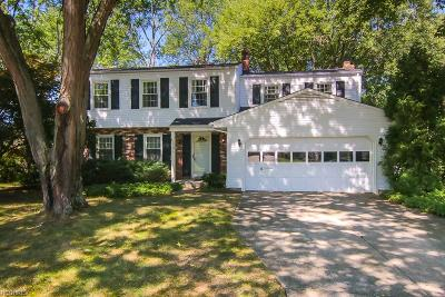 North Olmsted Single Family Home For Sale: 6138 Sherwood Dr