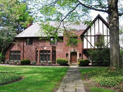 Shaker Heights Single Family Home For Sale: 2914 Attleboro Rd