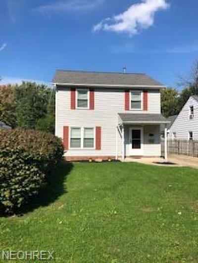 Eastlake Single Family Home For Sale: 33017 Alva Dr