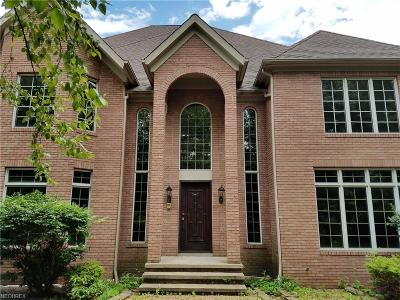 Cuyahoga County Single Family Home For Sale: 5477 Liberty Rd