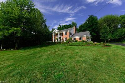 Middlefield Single Family Home For Sale: 17364 Old State Rd
