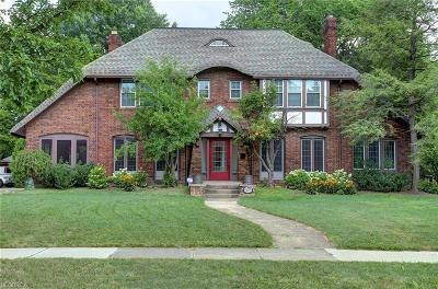 Cleveland Heights Single Family Home For Sale: 2473 Edgehill Rd