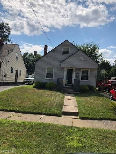 Single Family Home For Sale: 888 Frederick Blvd