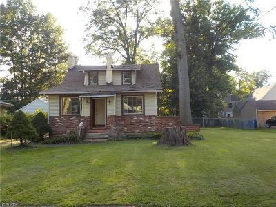 North Olmsted Single Family Home For Sale: 6030 Porter Rd