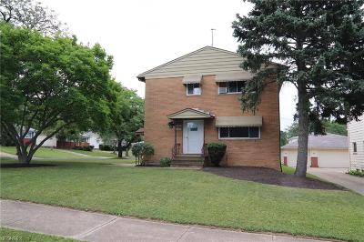 Garfield Heights Multi Family Home For Sale: 8280 Crudele Dr