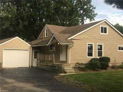 Poland Single Family Home For Sale: 6811 Poland Center Dr