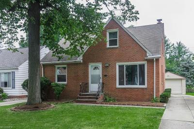 Lyndhurst Single Family Home For Sale: 5673 Cherokee Dr