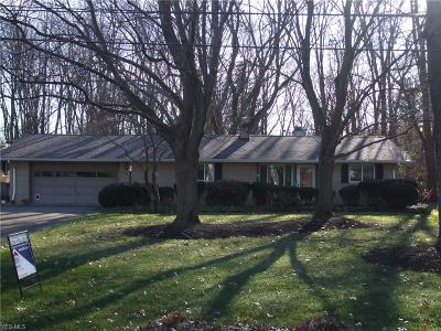 North Olmsted Single Family Home For Sale: 26973 Kennedy Ridge Ext.