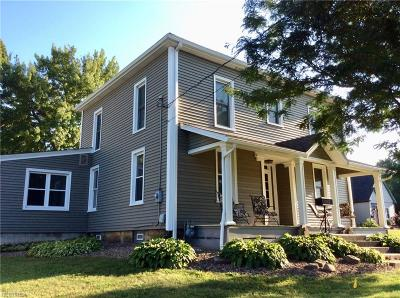 Canfield Single Family Home For Sale: 237 West Main St