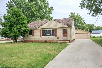 Willoughby Single Family Home For Sale: 5099 Melody Ln