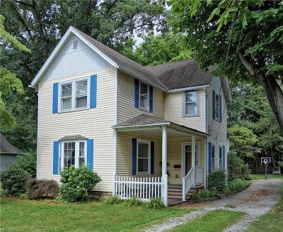 Mentor Single Family Home For Sale: 7285 Burridge Ave