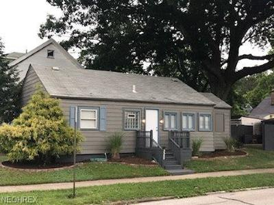 Single Family Home For Sale: 3509 West 146th St