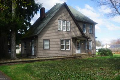 Poland Single Family Home For Sale: 2216 Lyon Blvd