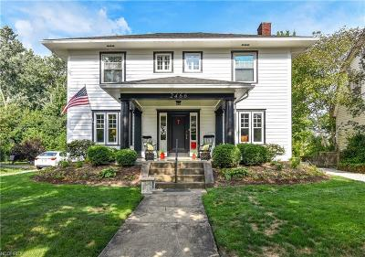 Single Family Home For Sale: 2466 Ridgewood Ave