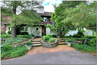 Cuyahoga County Single Family Home For Sale: 615 Falls Rd