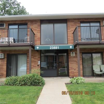 North Olmsted Condo/Townhouse For Sale: 23881 David Dr #212
