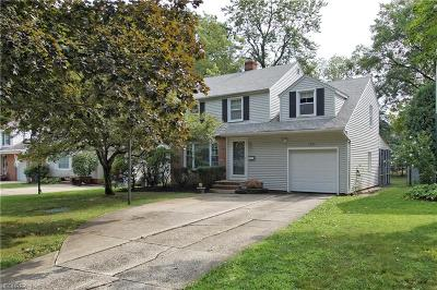Lyndhurst Single Family Home For Sale: 1273 Ford Rd