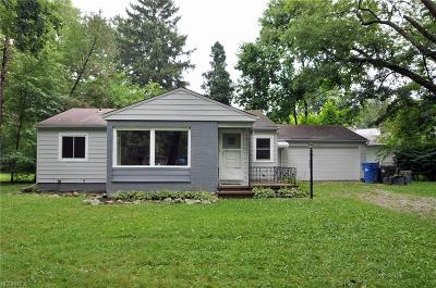 North Olmsted Single Family Home For Sale: 5733 Elmhurst Rd