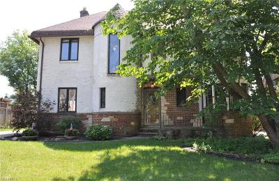 Rocky River Single Family Home For Sale: 56 Collver