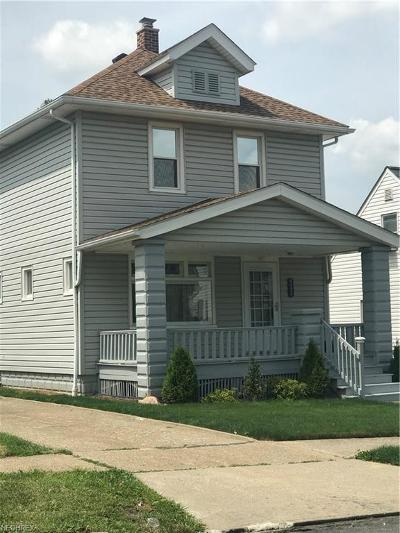 Garfield Heights Single Family Home For Sale: 4914 East 88th St