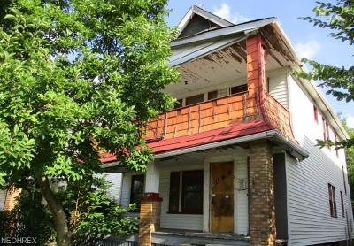 Cleveland Multi Family Home For Sale: 12309 Oakfield Ave