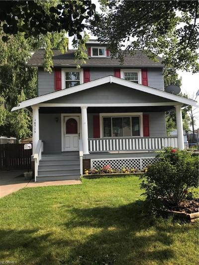 Cleveland Single Family Home For Sale: 18513 Ferncliffe Ave