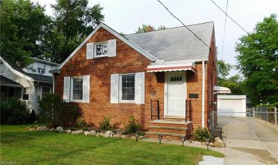 Lyndhurst Single Family Home For Sale: 1527 Winchester Rd