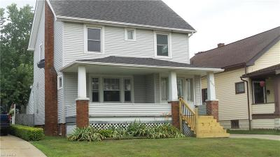 Garfield Heights Single Family Home For Sale: 9007 Park Heights Ave