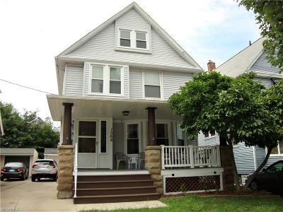 Lakewood Single Family Home For Sale: 1368 Westlake Ave