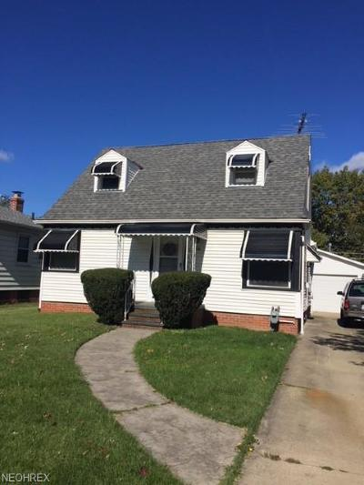 Parma Single Family Home For Sale: 4516 Snow Rd