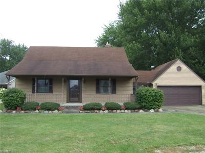 Olmsted Falls Single Family Home For Sale: 7433 Columbia Rd