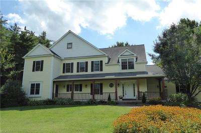 Geauga County Single Family Home For Sale: 8899 Sherman Road