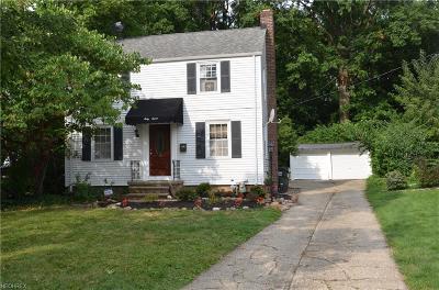 Wickliffe Single Family Home For Sale: 67 Arlington Cir